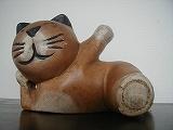木彫りのネコです!